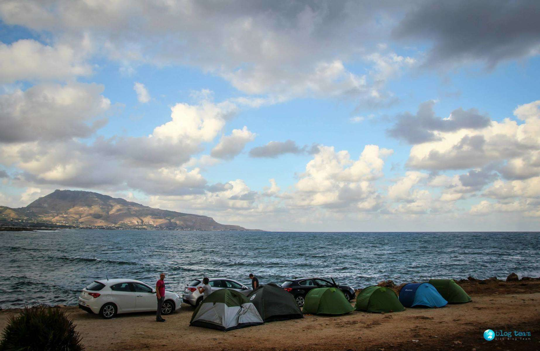 Spanie na dziko na Sycylii