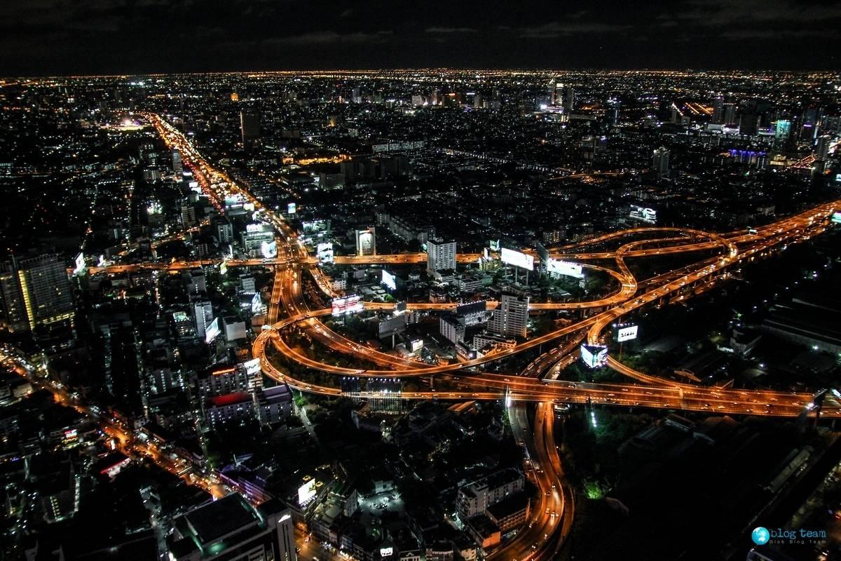 Widok z Baiyoke Sky Hotel, najwyższego budynku w Bangkoku