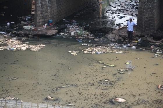 Rynsztok w Bombaju
