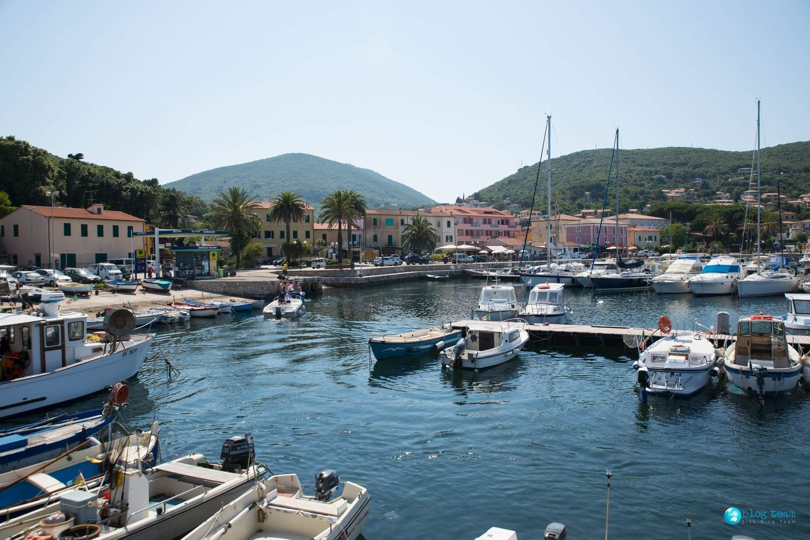 Port w Cavo na Elbie
