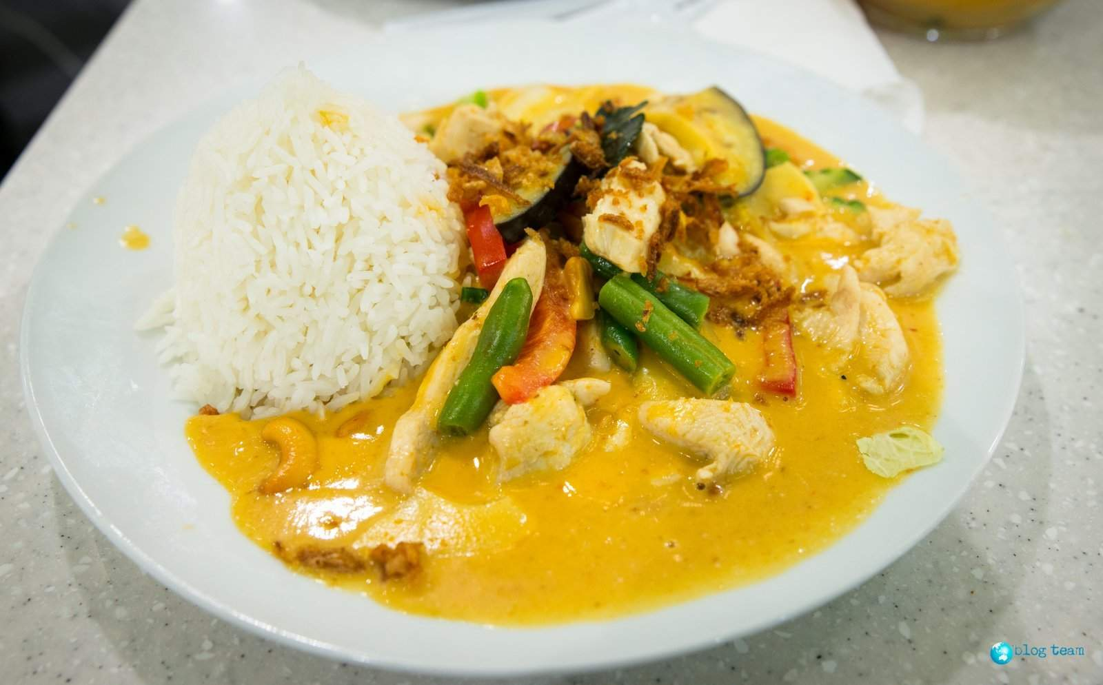 Massaman curry w Asia Hung