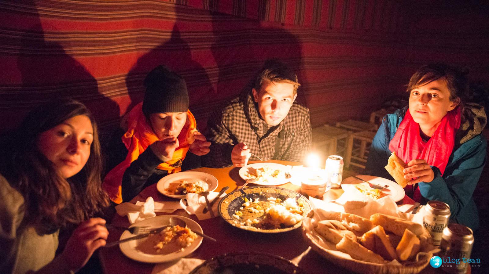 Jedzenie na pustyni