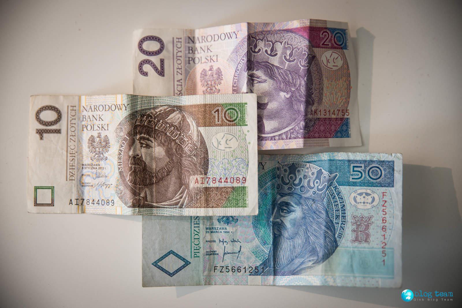 Polskie banknoty 10, 20, 50 zł