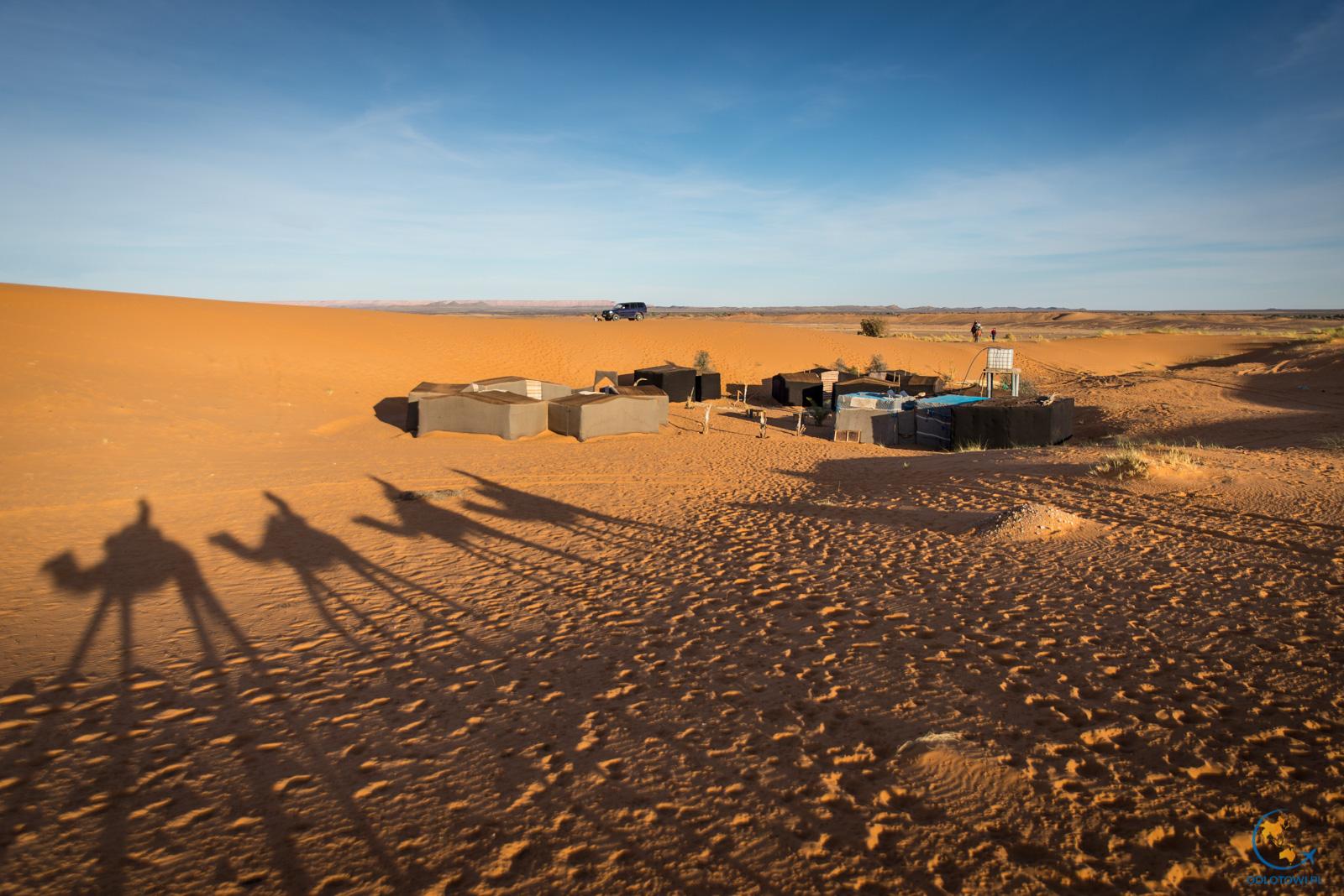Obozowisko na pustyni, Sahara Maroko