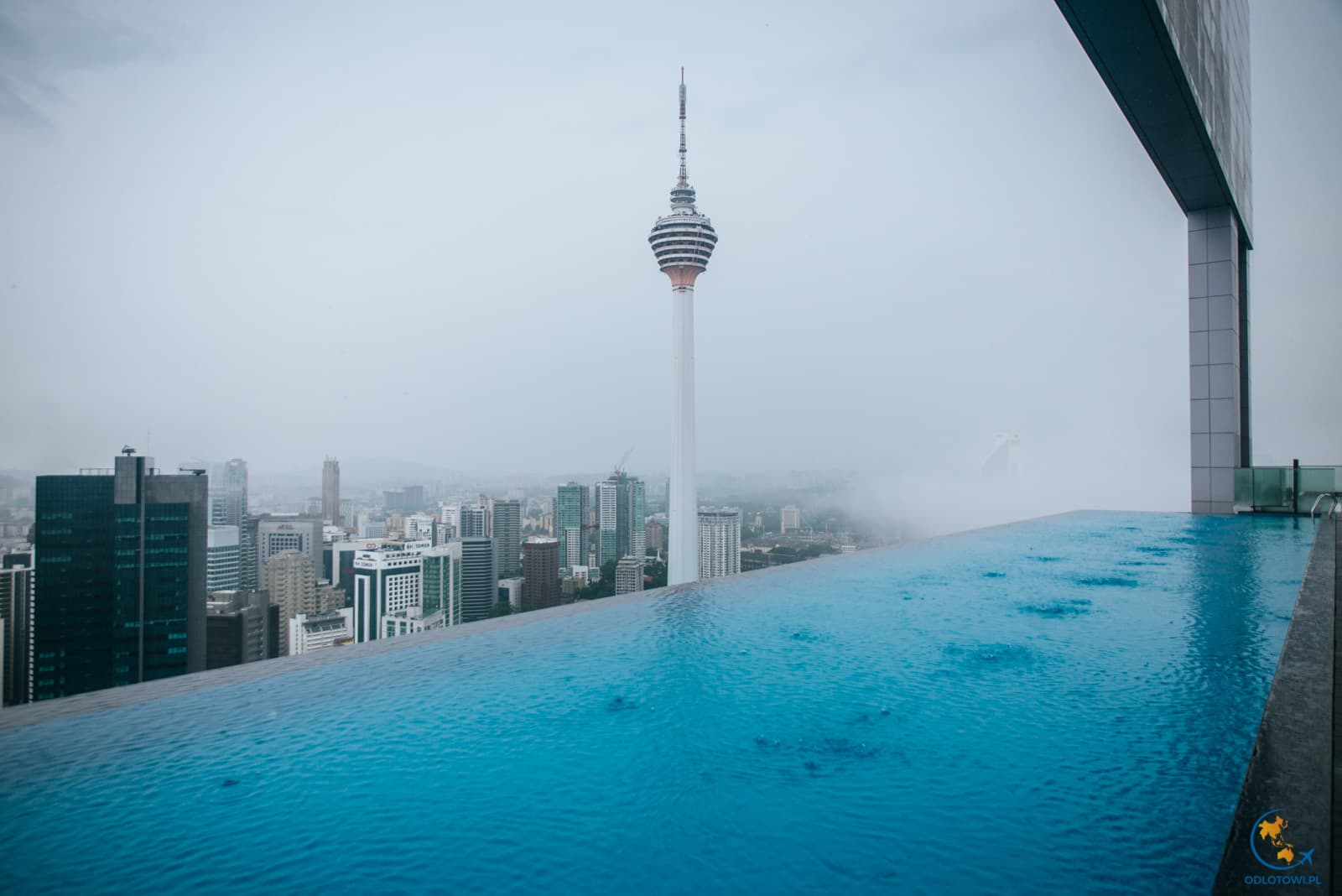 The Face Suites - infinity pool - KL Tower view