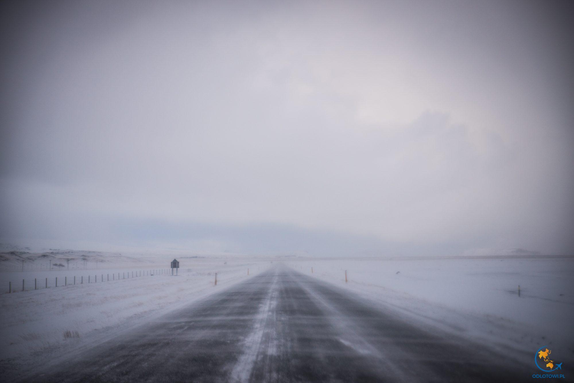 Drogi na Islandii